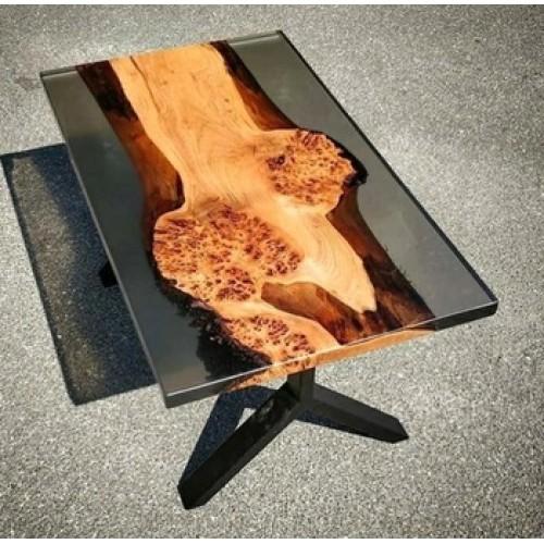 Стол из капового клена